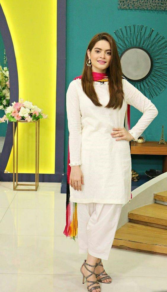White Shalwar Kameez Styling Ideas for Women (24)