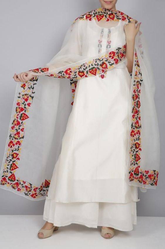 White Shalwar Kameez Styling Ideas (10)