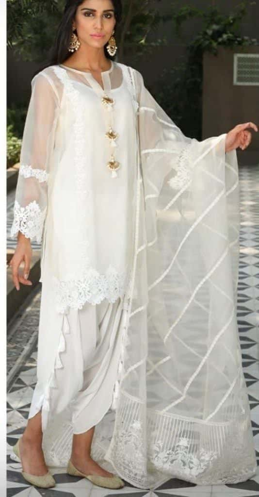 16-534x1024 30 Ideas On How To Wear White Shalwar Kameez For Women