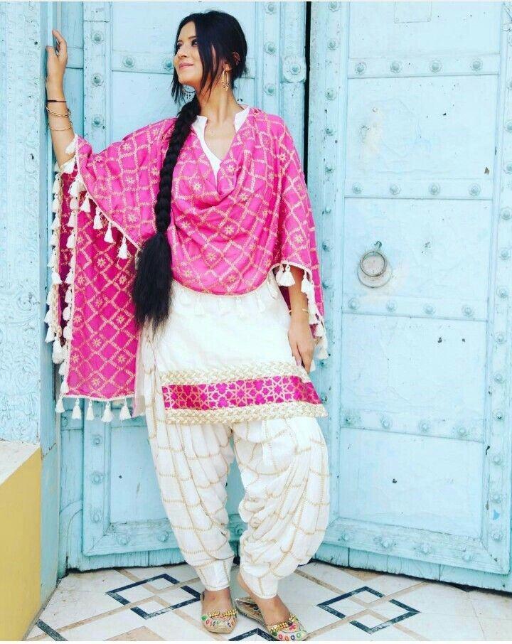 White Shalwar Kameez Styling Ideas (7)