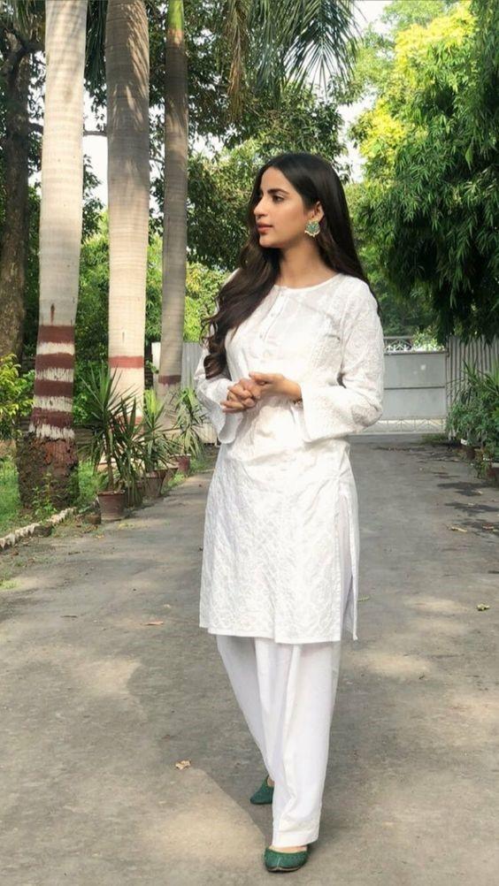 White Shalwar Kameez Styling Ideas (22)