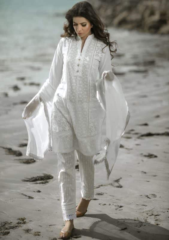 23 30 Ideas On How To Wear White Shalwar Kameez For Women