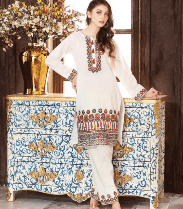 24 30 Ideas On How To Wear White Shalwar Kameez For Women