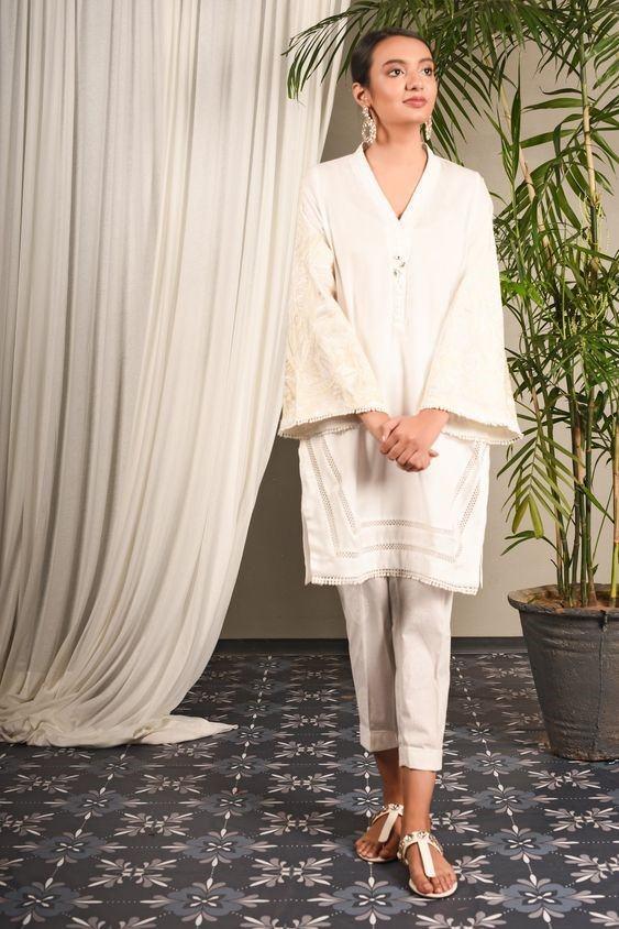 White Shalwar Kameez Styling Ideas (1)