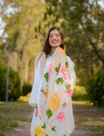 white-shalwar-kameez-2-1 30 Ideas On How To Wear White Shalwar Kameez For Women