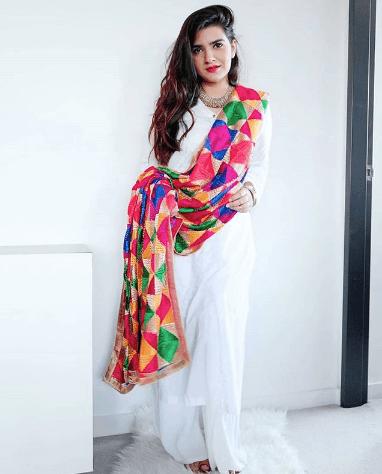 white-shalwar-kameez-5-1 30 Ideas On How To Wear White Shalwar Kameez For Women