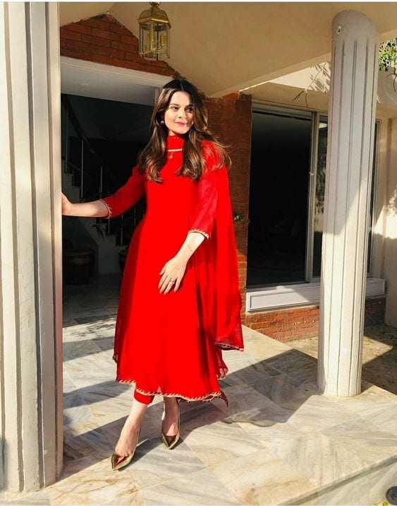 minal-eastern-look 18 Birthday Outfits For Pakistani Girls-Party Wear Ideas 2019