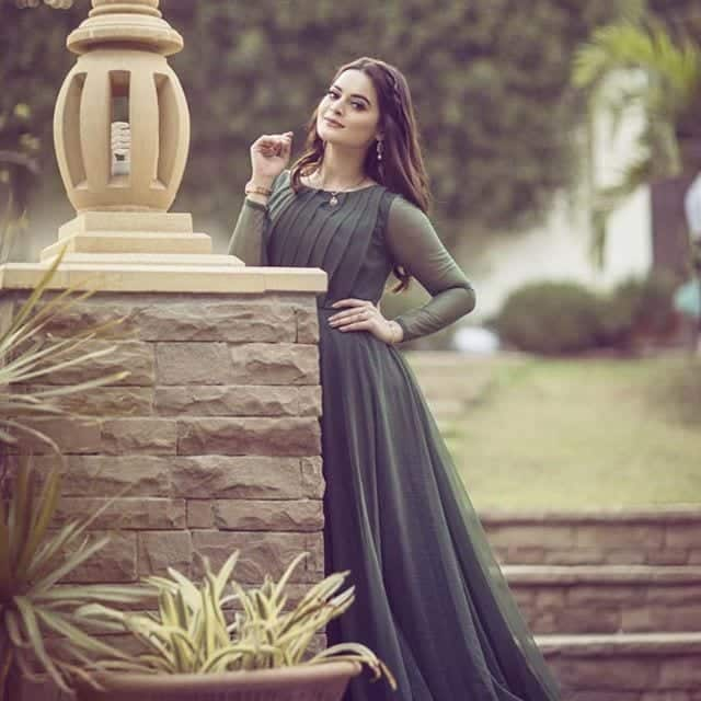 minal-khan-in-pretty-gown 18 Birthday Outfits For Pakistani Girls-Party Wear Ideas 2019