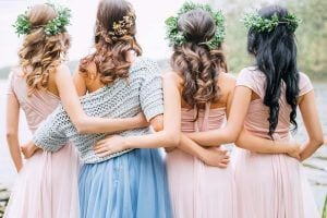 10 Lovely Easy Wedding Guest Hairstyles